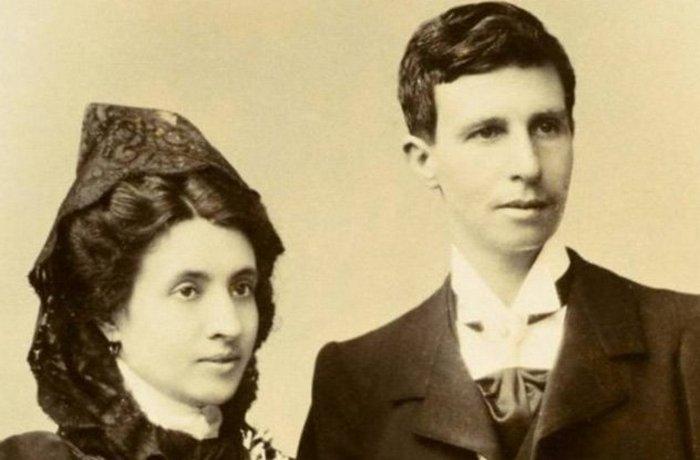 Марсела Грэсия Ибис и Элиза Санчес Лорига.