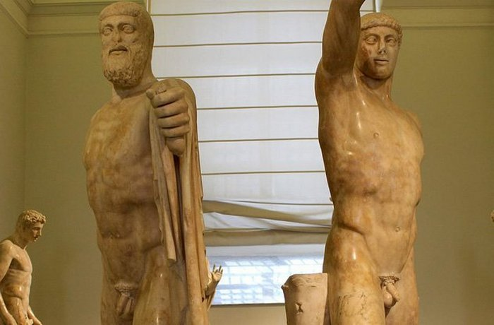 Убийство тирана в Афинах Хиппарчус.