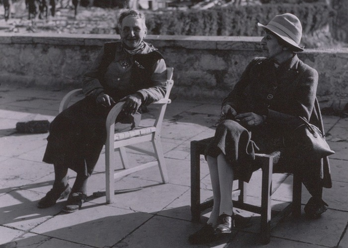 Стайн и Толлас на отдыхе. / Фото: wordpress.com