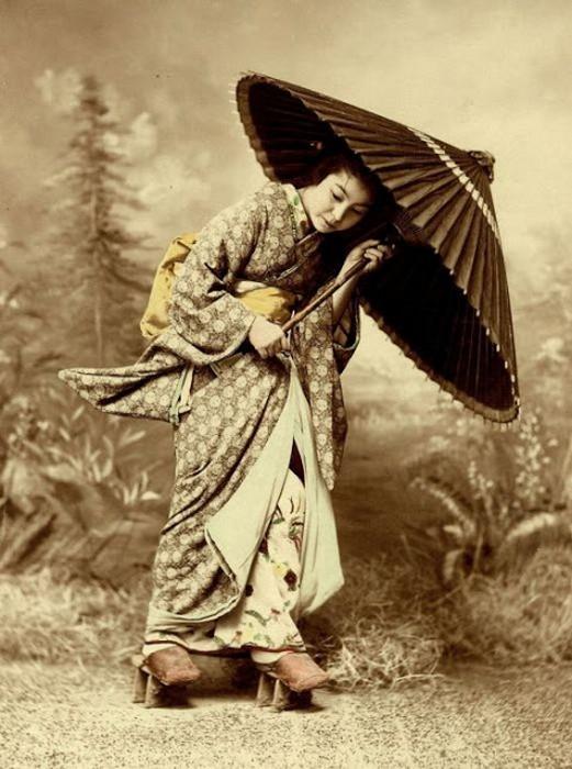 Гейша с зонтиком.