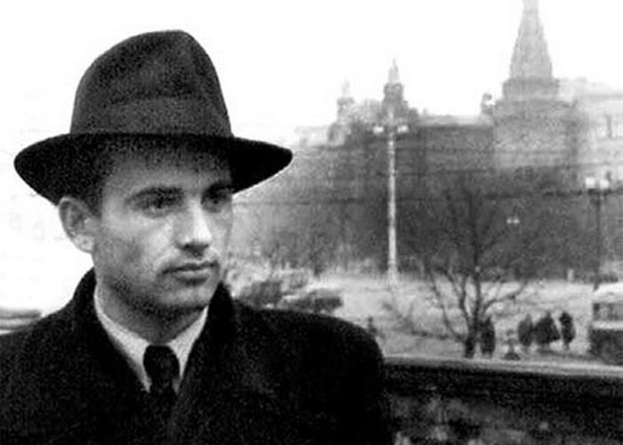 Михаил Горбачёв в Москве./фото: komsomolka.ru