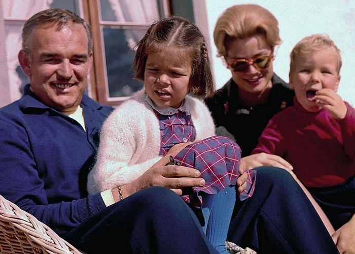 Счастливое семейство./ Фото: wmj.ru