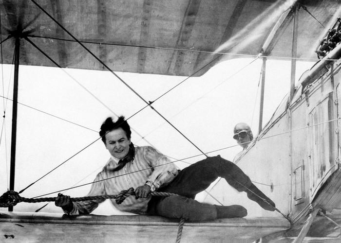 Авиационная карьера Гарри Гудини./ Фото: persons-info.com
