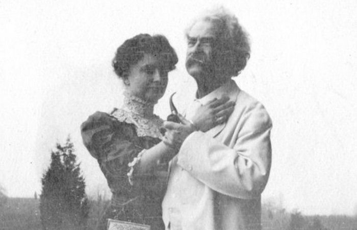 Хелен Келлер и Марк Твен. | Фото: huffingtonpost.com