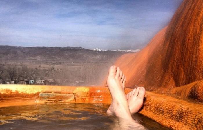 Курорт Mystic Hot Springs.