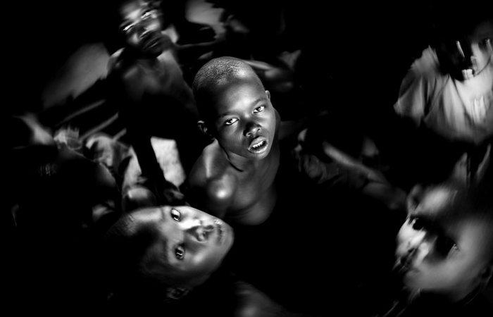 Современные жертвоприношения в Уганде.