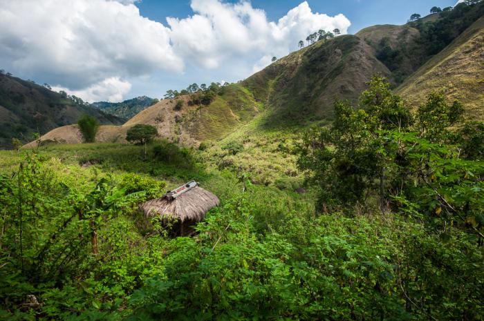 Заброшенная деревня в горах Абра.