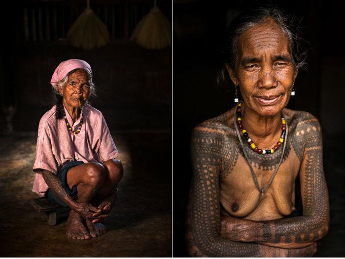Две татуированные женщины из деревни Бускалан. Ган-нао (слева) — младшая сестра Фанг-од. У нее одни из самых сложных татуировок в деревне.