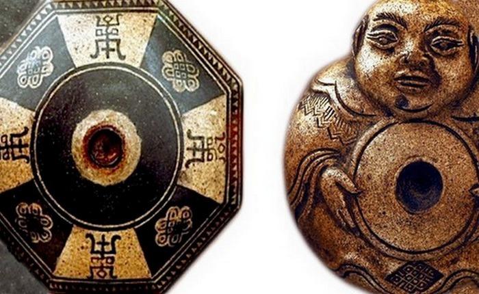 Фаянсовые чаши для трубки конца 19 века, украшенные буддийскими символами.
