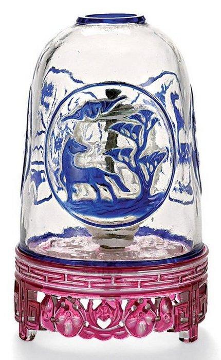 Старинная опиумная лампа, сделанная из Пекинского стекла.