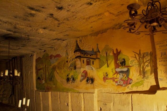 Пещеры Маастрихта: 04ххх.