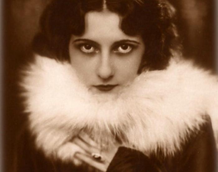 Вера Макинская - русская статистка, в которую влюбился великий композитор.