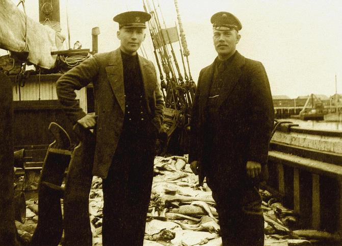Норвежец и русский - капитаны рыболовецких шхун