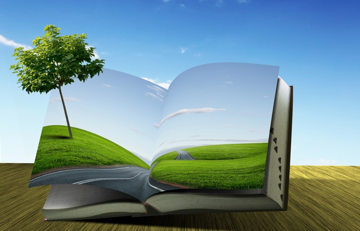 10 книг, которые  стоит взять в дорогу
