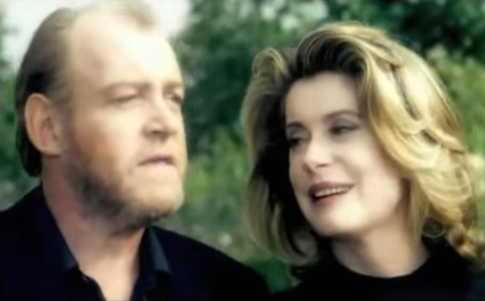 Джо Кокер и Катрин Денев в романтическом видеоклипе.
