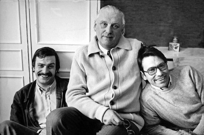 Сергей Михалков с сыновьями Никитой и Андроном.