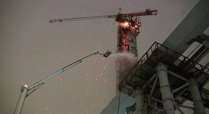 Пожар на строительной площадке.