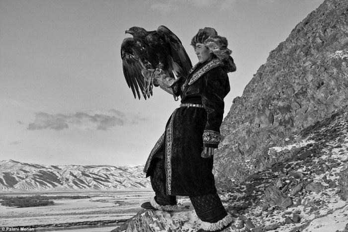 Орлиная охота монгольских казахов.