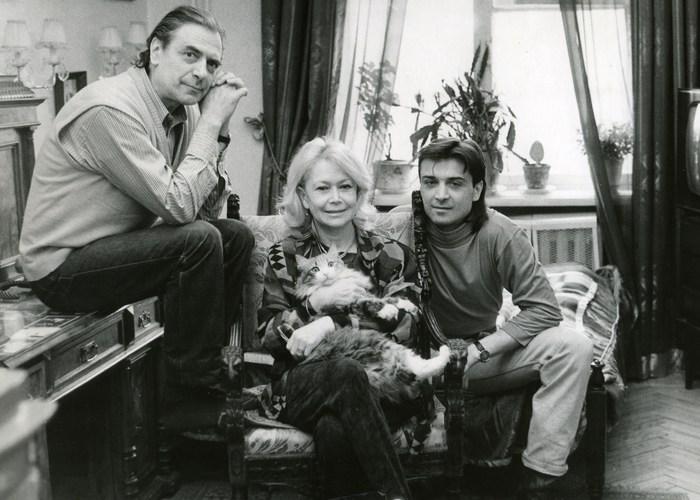 Счастливое семейство. / Фото: kino-musik.ru
