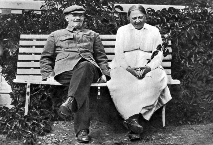 Владимир Ильич Ленин и Надежда Константиновна Крупская.