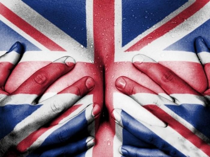 Самая большая грудь у британок.