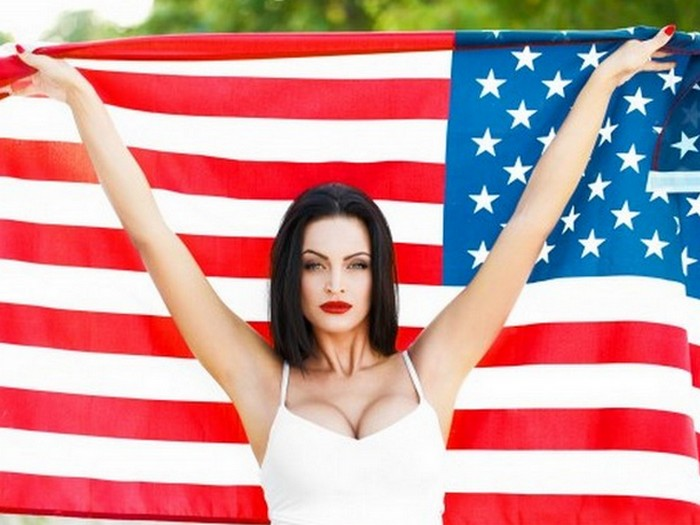Средний размер женского бюста в США...