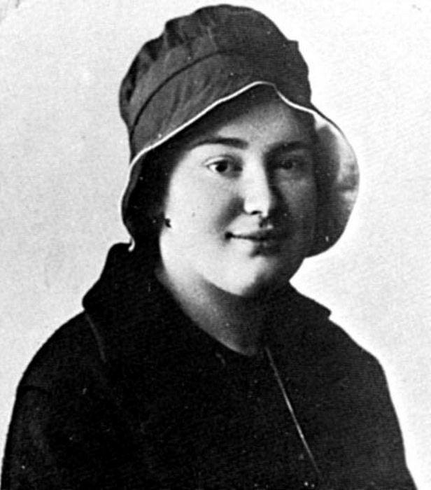 Елизавета Юрьевна.
