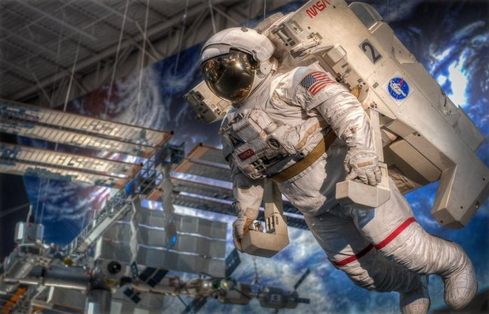 НАСА предлагает туры по космическому центру в Хьюстоне.