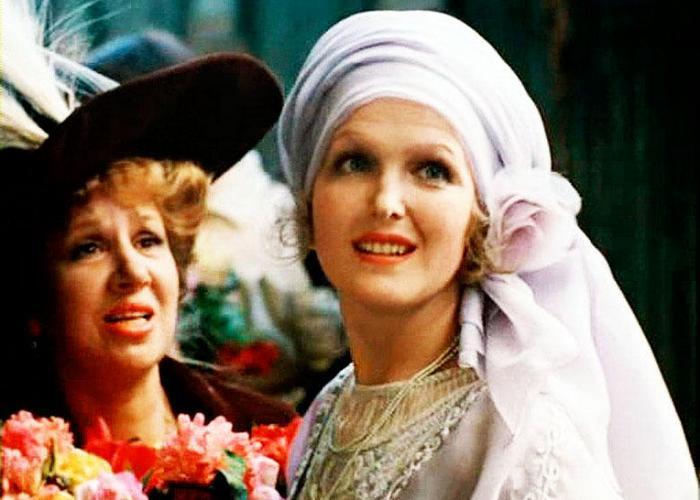Кадр из фильма «Раба любви»./ Фото: vokrug.tv