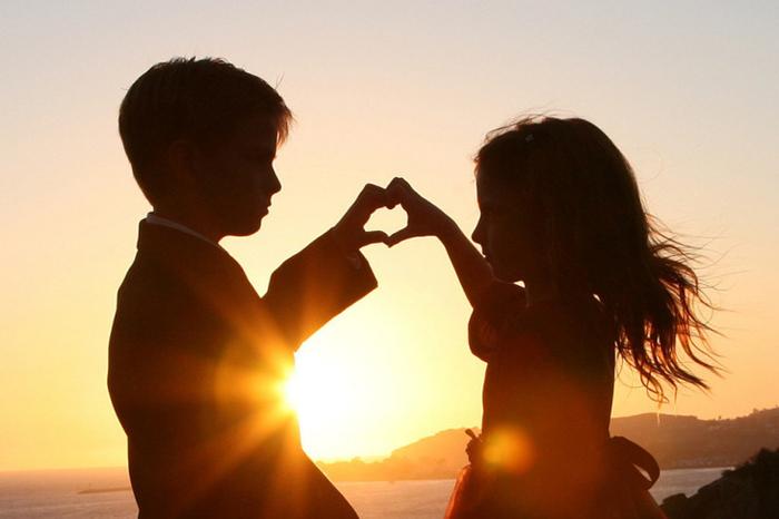 Всё начинается с любви...