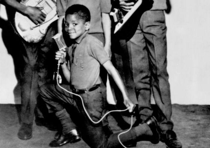 Майкл Джексон всегда сопровождал выступление танцами.