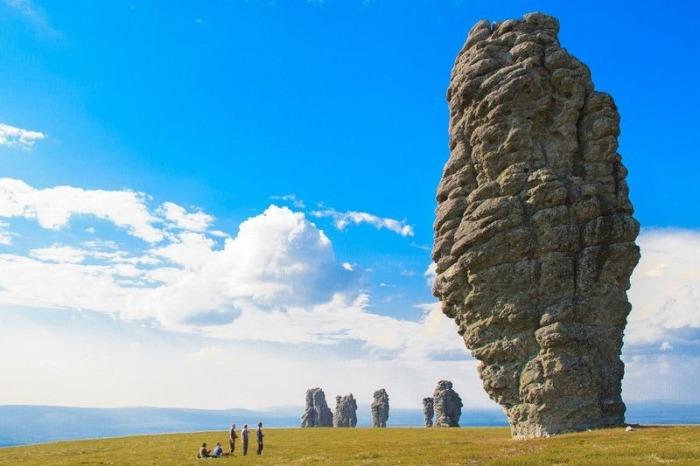 Скальные образования Маньпупунёр.
