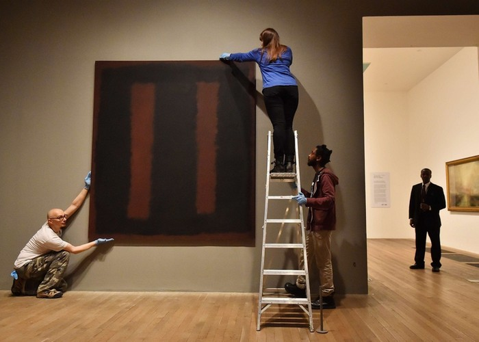 Картина «Черное на коричневом»./ Фото: torontovka.com