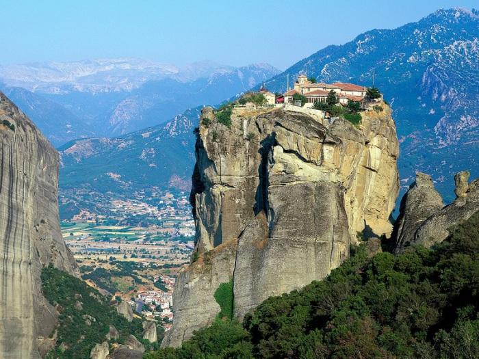 Монастырь Святой Троицы был основал в 15-ом веке.