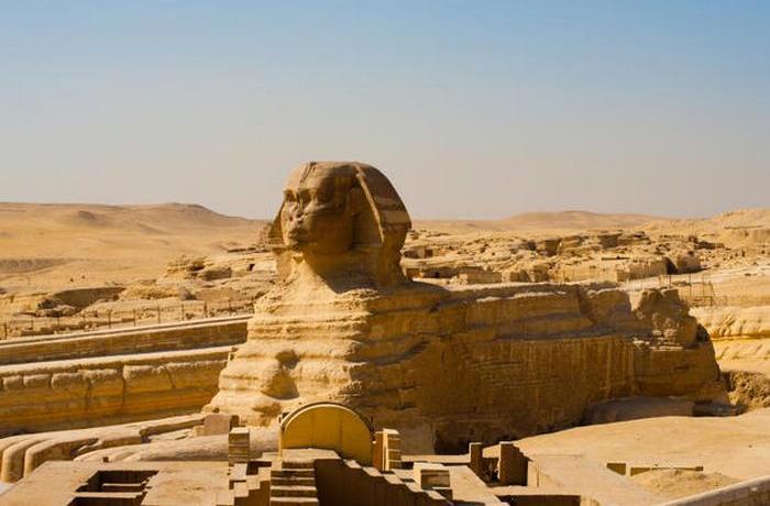 Изначально у скульптуры было несколько других названий.
