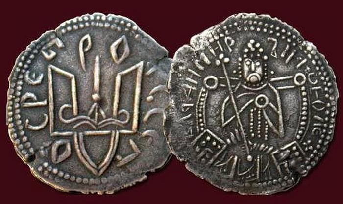 Монета 10-го века времен князя Владимира Великого.