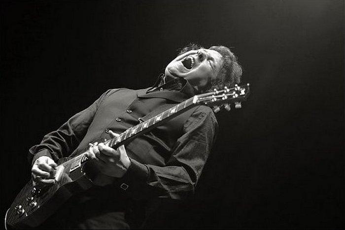 Гэри Мур - гитарист из Ирландии.