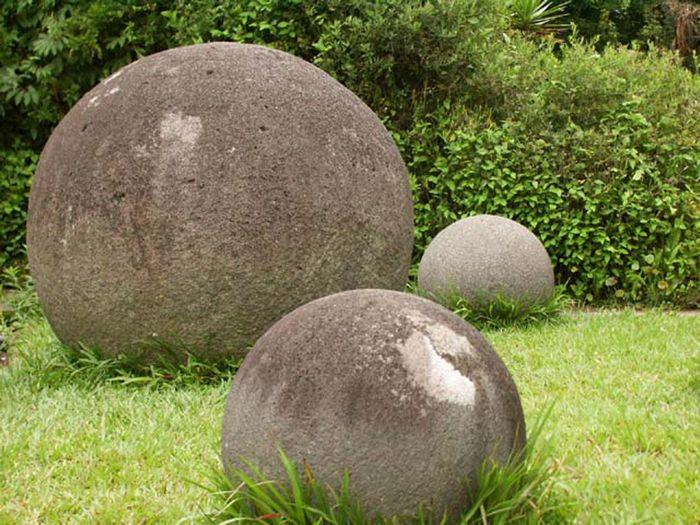 Гигантские каменные шары Коста-Рики.