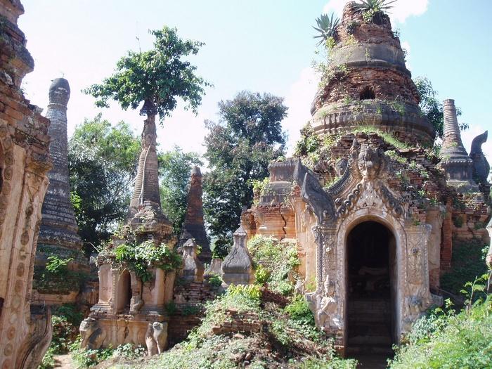 То ли дом, то ли храм.