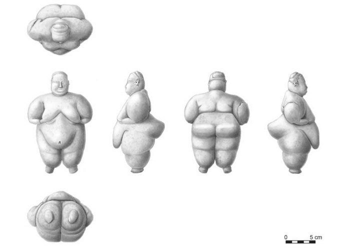 Иллюстрация женской фигурки, найденной в Чатал-Хююк./фото: hyperallergic.com