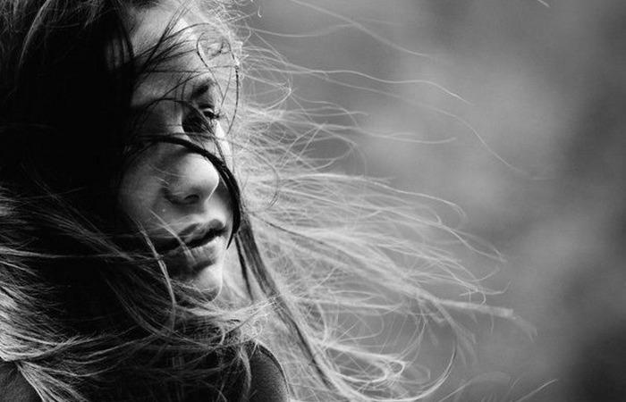 «Из глубины моих невзгод…»: стихотворение-молитва Беллы Ахмадулиной о любимом человеке.