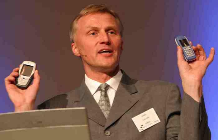 Исполнительный вице-президент Nokia Ансси Ваньоки.