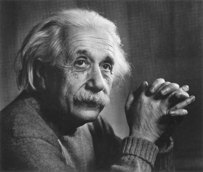 Альберт Эйнштейн о Достоевском «Достоевский дает мне больше, чем любой научный мыслитель, больше, чем Гаусс!»
