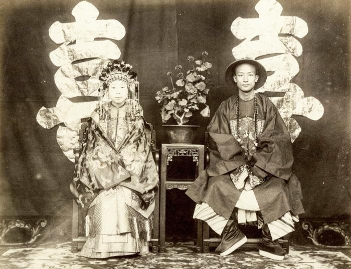 Цзэн Цзифена и Ни Цзи Гуй.