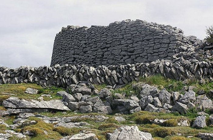 Языческая могила «раннехристианского периода».