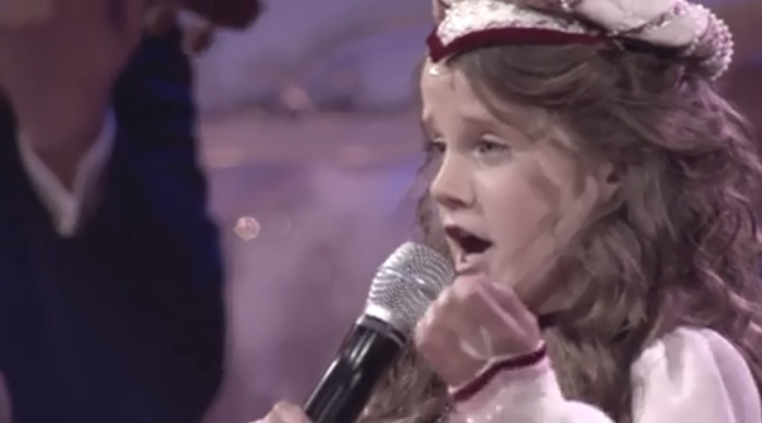 9-летняя дива заставила зал плакать