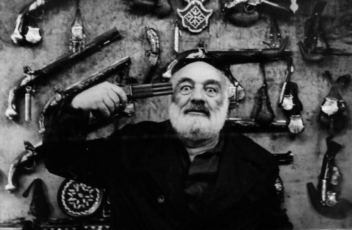 Кинорежиссер и художник Сергей Параджанов