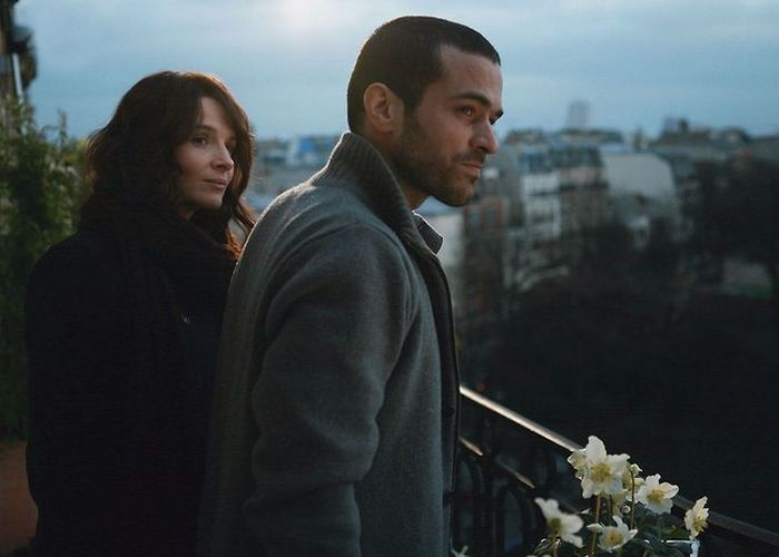 Кадр из фильма «Париж»./ Фото: simkl.ru