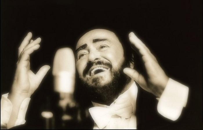 Великий тенор XX века Лучано Паваротти.