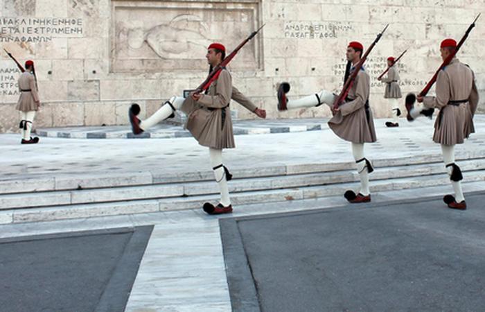 Греческая армия сегодня. фото:grekomania.ru